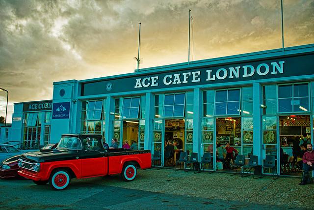 Photo:Ace Café By davidbreizh