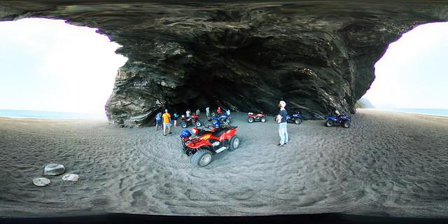 4南澳神祕海灣海石洞沙灘車(手機版請點照片右下角360)