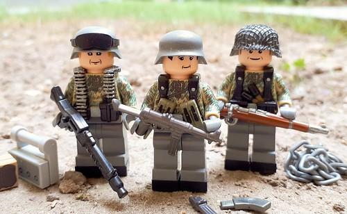 Wehrmacht with Splittertarn camo