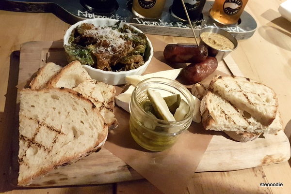 Goose Island Brewhouse sharing board