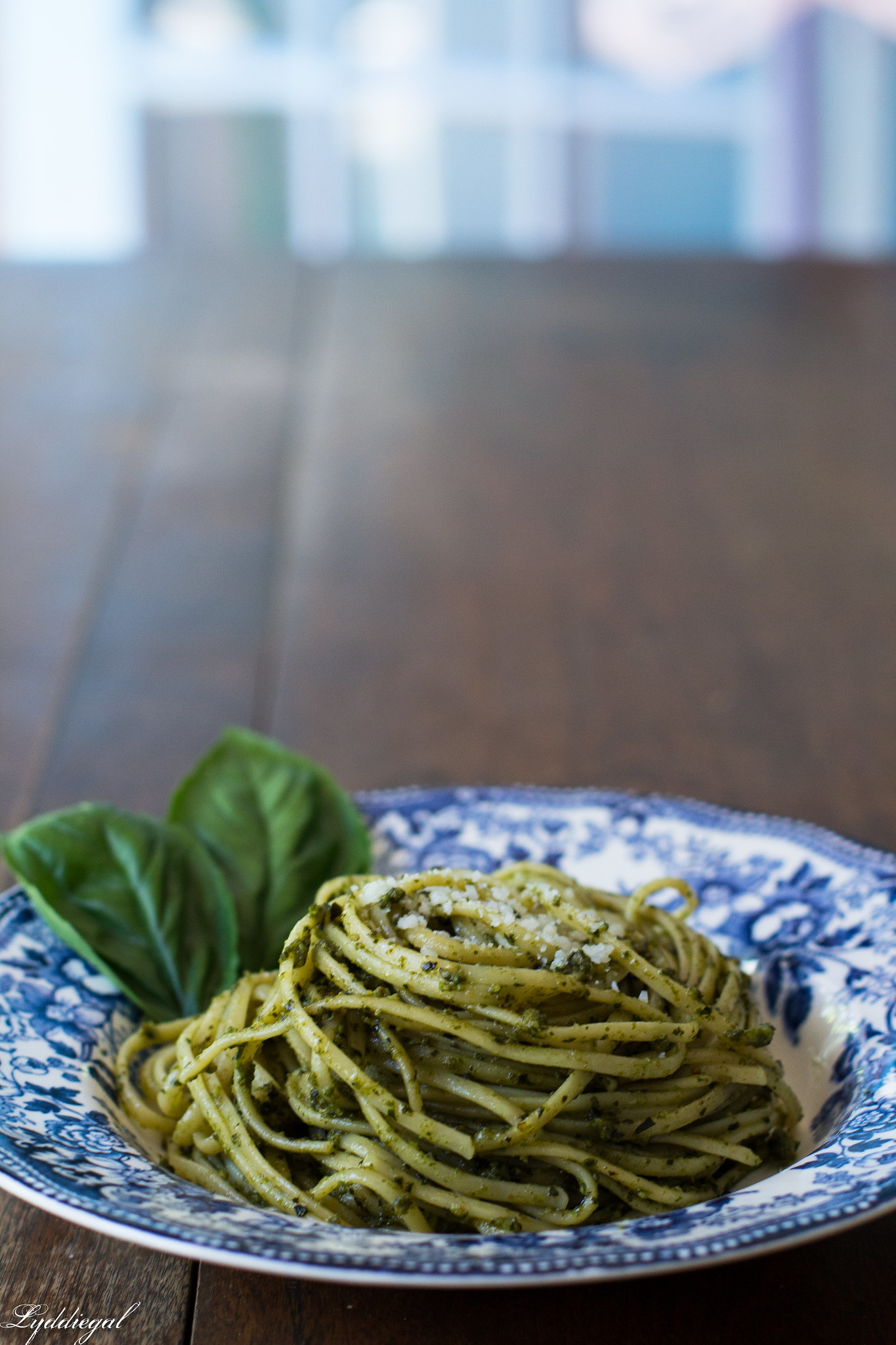 Pesto over thin linguine-6.jpg