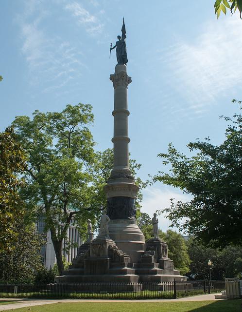 Montgomery Capitol Confederate Monument (#0649), Nikon D5600, AF-S DX VR Zoom-Nikkor 18-55mm f/3.5-5.6G