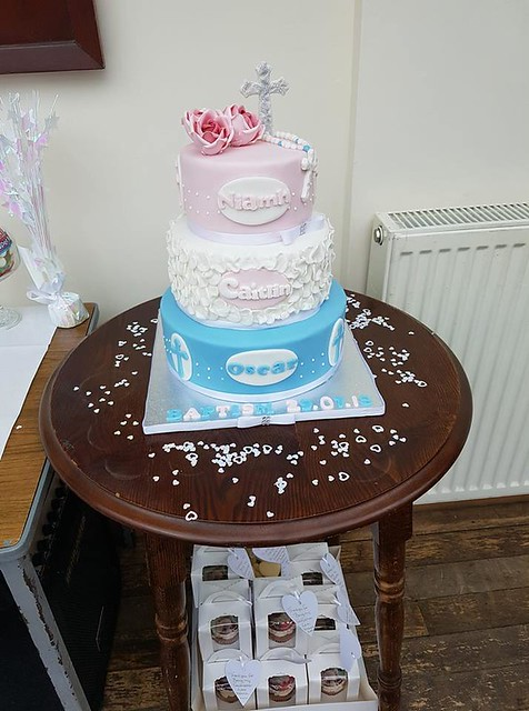 Cake by Katie Fuller of K's cakes