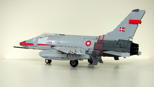NA F-100 Super Sabre 100 (7)
