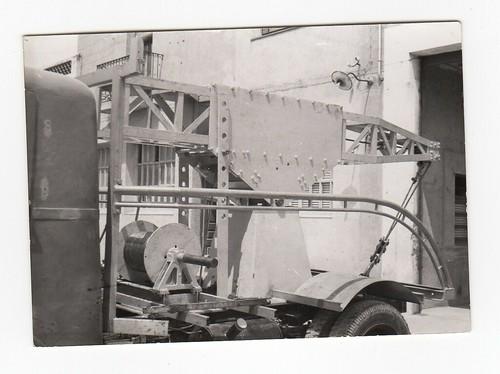 Grua muntada en el camió de Talleres Marcet de Rubí