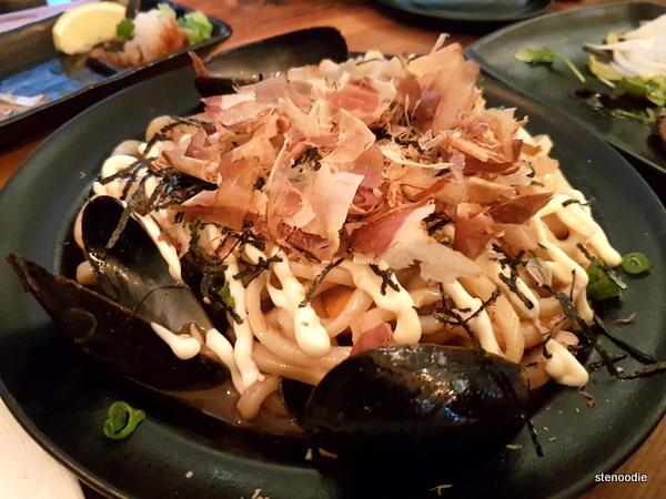 Seafood Yaki Udon