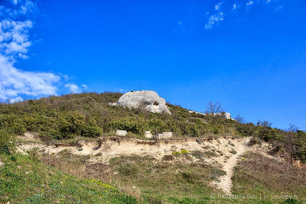 каменные сфинксы Инкерманской долины