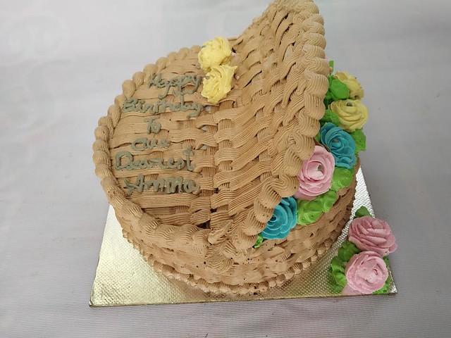 Open Flower Basket Cake by Shajina Shameer of Dream Cakes
