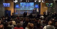 Bridenstine Sworn In As NASA Administrator (NHQ201804230028)