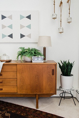 Diy Home : How To Turn A Vintage Stool Into A Plant Stand | dreamgreendiy.com + #offerup #a...