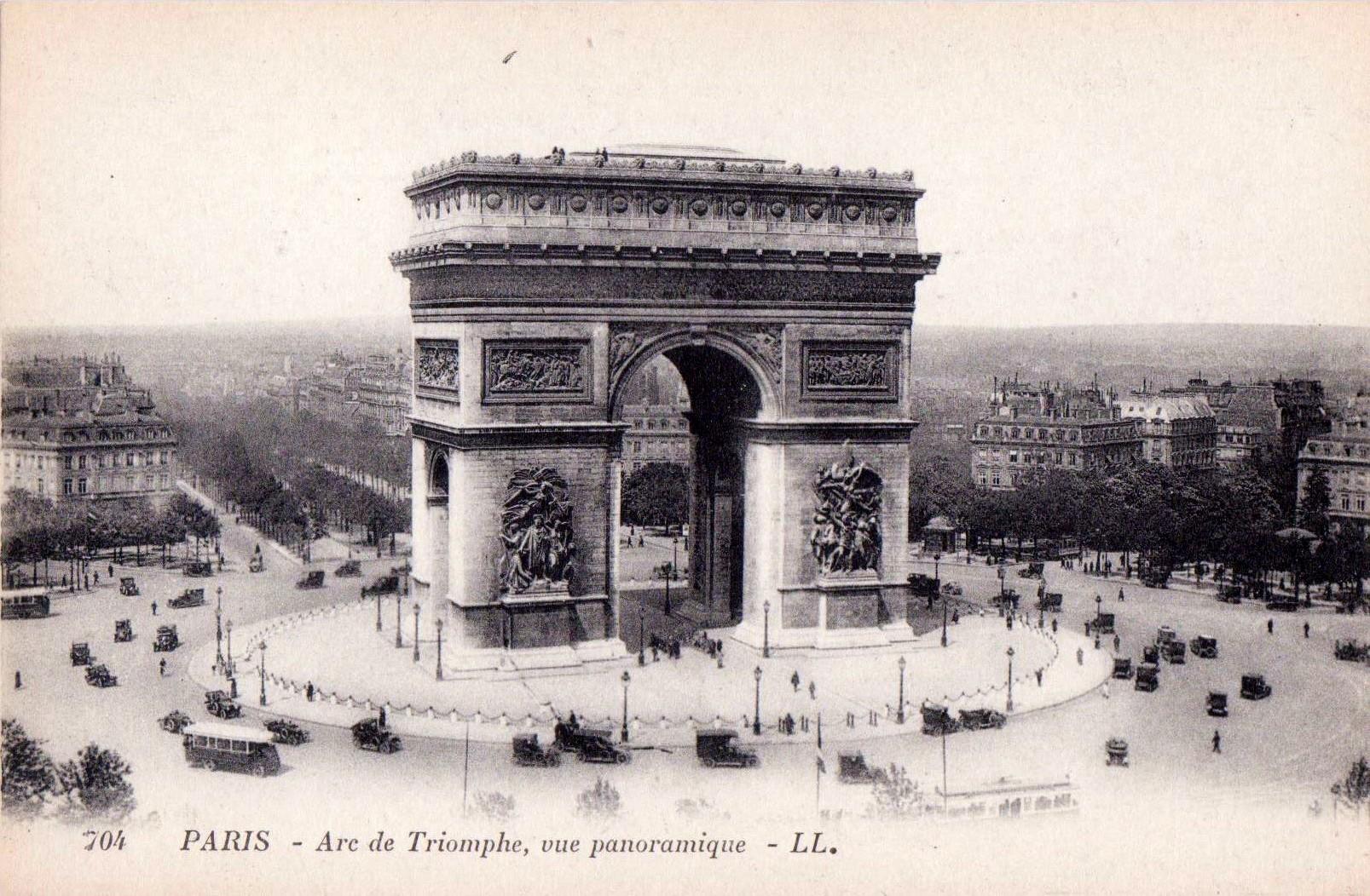 Paris. Arc de Triomphe. Postcard, c.1920. Publisher: Lévy et Neurdein réunis. Paris.
