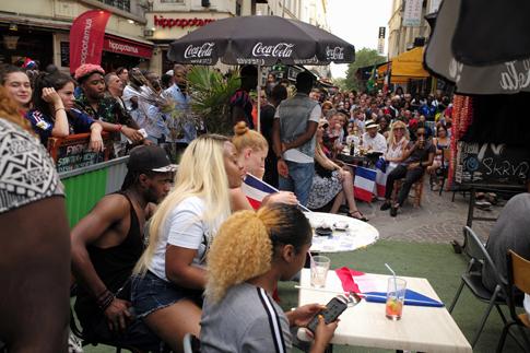 18g15 Francia campeona del mundo fútbol_0178 variante Uti 485