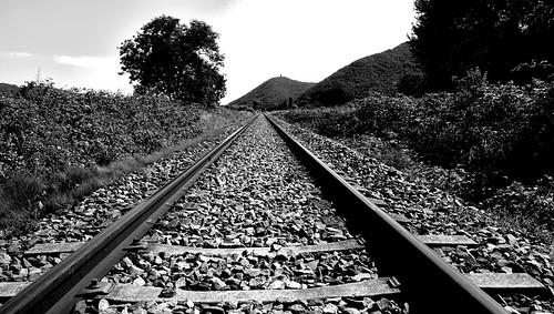 Voie unique  -  Single track