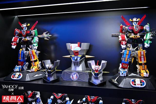 指揮挺組合!他「玩」出全台獨一無二的玩具收藏室:日系機器人收藏家:Allen - 《Yahoo 奇摩拍賣 × 玩具人:大人味玩具》
