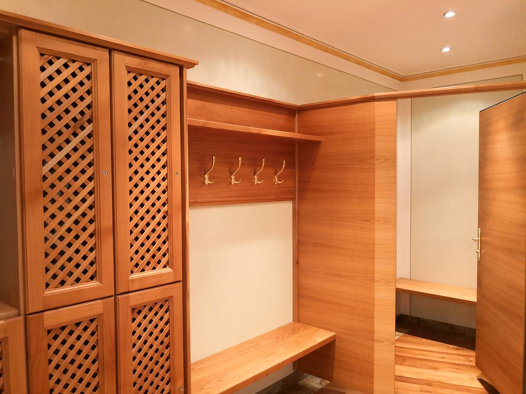 Spa locker room