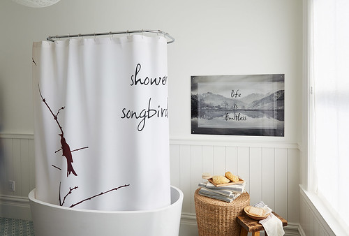diy-spring-cleaning-tips_bathroom | by Shutterfly Ideas
