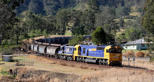 PACIFIC NATIONAL 8236 & 4894 #6422 SUGAR & CEMENT HILLDALE 5th Aug 2018.