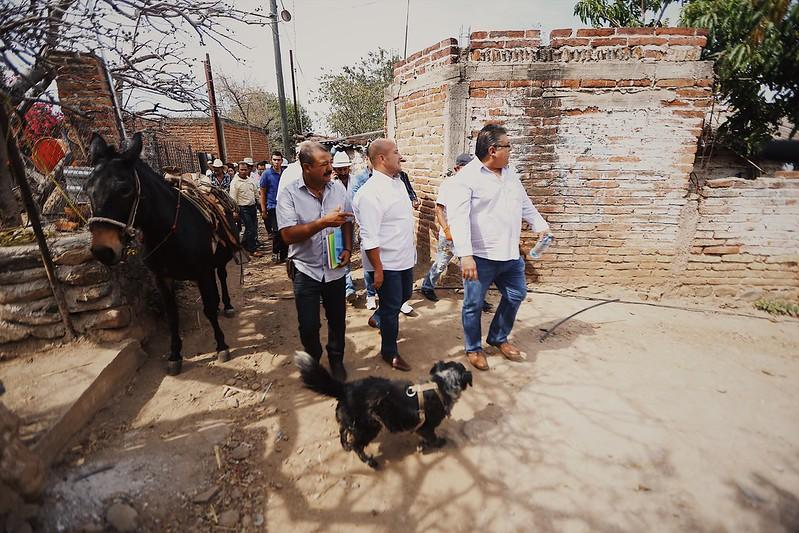 Visitamos la comunidad Santa Cruz de Bárcena en Ahualulco del Mercado