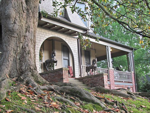 House on Alabama Avenue, Fort Payne 4
