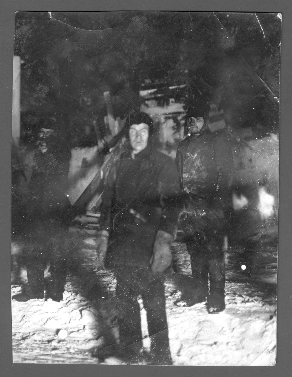 Участники экспедиции Седова Г. Я. во время зимовки