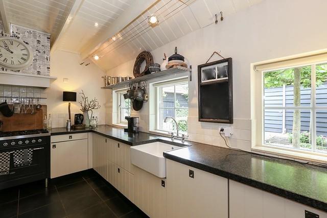 Keuken landelijke stijl woonboerderij