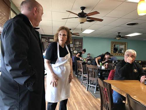 04-10-18 Mayor Madden visit to Carol's Place & The Eatery