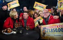 Postcode Loterij reikt cheques PostcodeKanjer uit