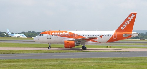 G-EZFY 'easyjet' Airbus A319-111 on 'Dennis Basford's railsroadsrunways.blogspot.co.uk'