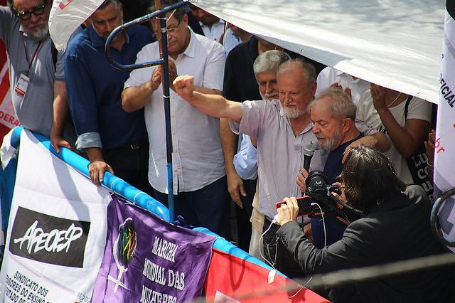 João Pedro Stedile, del MST, estuvo con Lula en el acto de apoyo al ex presidente organizado en el Sindicato de Metalúrgicos de ABC  - Créditos: Júlia Dolce/Brasil de Fato