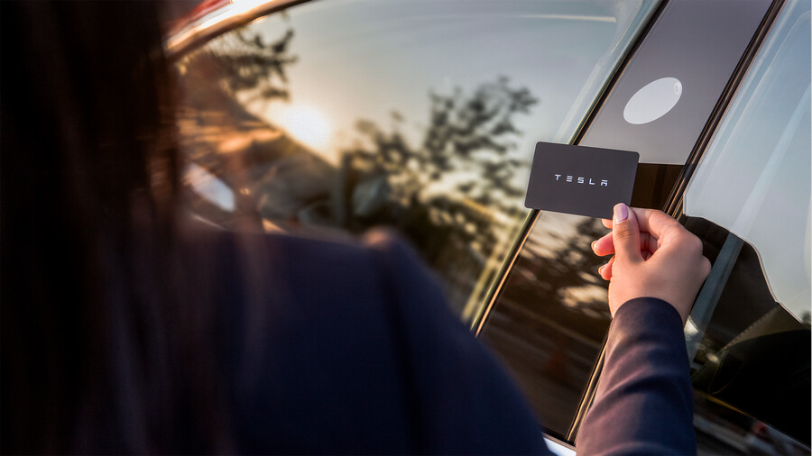 Tesla Model 3 fabricki fotografii 2