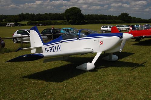 G-BZUY Vans RV-6 (PFA 181A-13471) Popham 140609