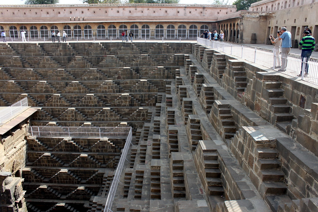 chand baori stepwell (2)