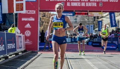 Vrabcová udolala český rekord v půlmaratonu