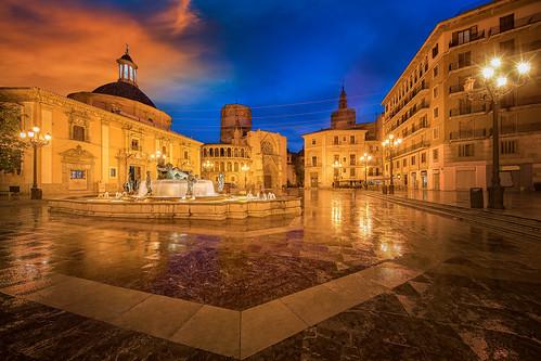 Fountain Rio Turia on Square of the Virgin Saint Mary