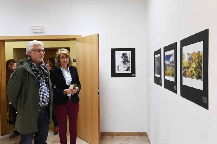 INAUGURACIÓN DE LA EXPOSICIÓN DE JOSÉ LUIS DE LOS RÍOS LA FOTOGRAFÍA EN MI VIDA4