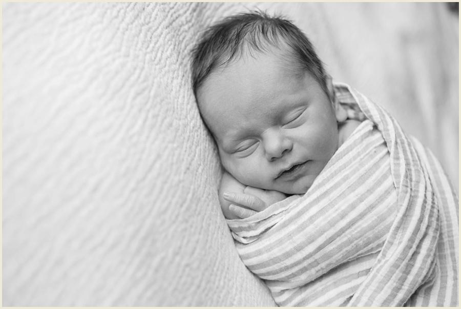 diehl-newborn-73-bw