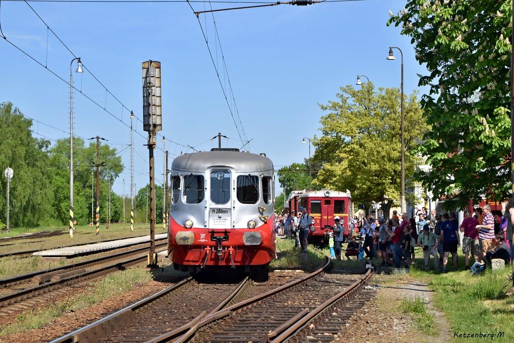 M260.001 | Pardubice - Rosice nad Labem | 28.4.18 by michaelketzenberg