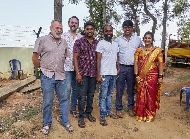 Saying goodbye to our hosts, Raghu and Gita