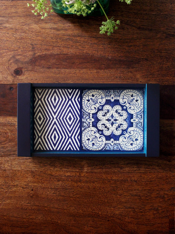Decoupaged tray from Artnlight