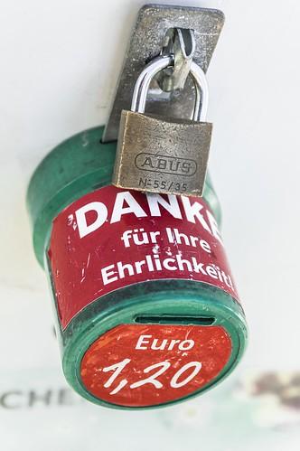 Locked'n sold