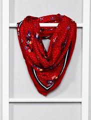 foulard-carre-fluide-rouge-femme-vx718_2_frf1