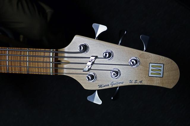 Miura Guitars - MB2 bass (2)