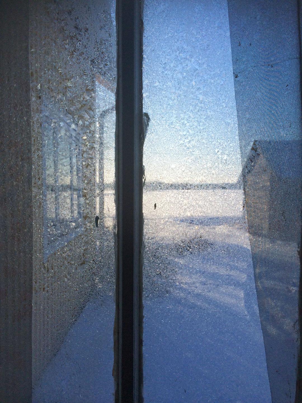 Frost flower window