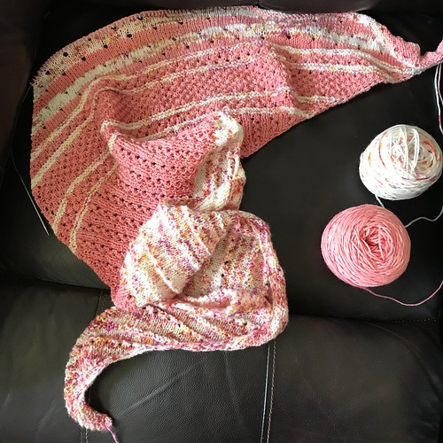 My Yarn Store Shawl by Casapinka has progressed to section 4!