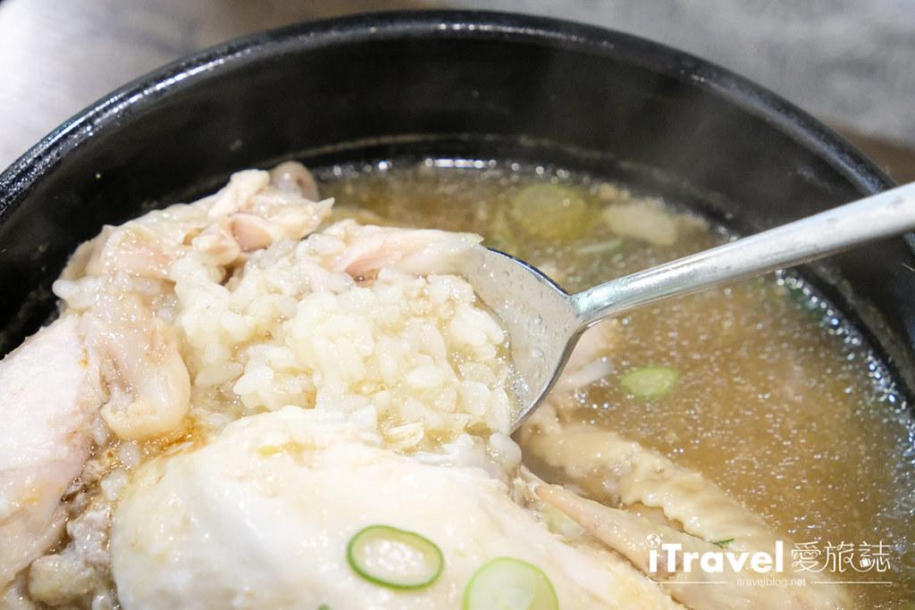 首尔美食餐厅 北村百年土种蔘鸡汤 (25)