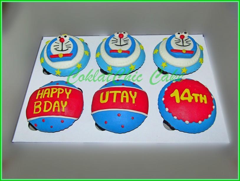 Cupcake set Doraemon UTAY