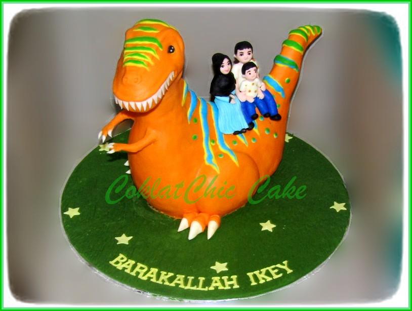 Cake Family Dinosaur IKEY 15 cm