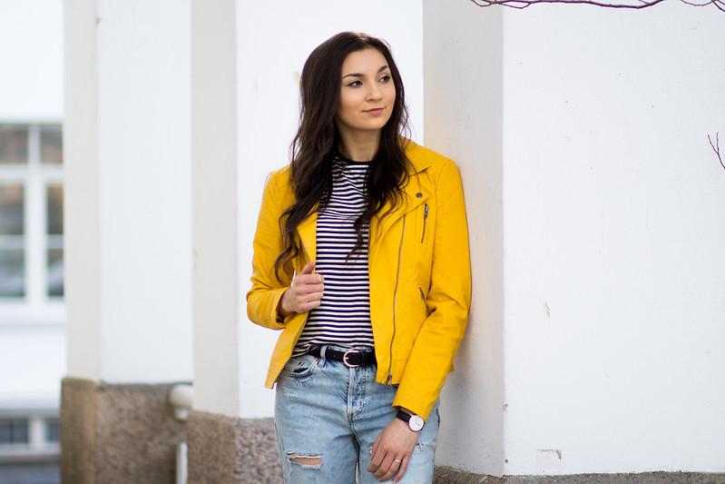 keltainen nahkatakki boyfrien farkut blogi3
