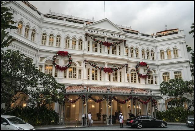 Singapore Raffles Hotel Entrance-2=