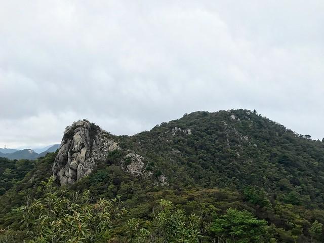 仙ヶ岳 南尾根 P2からP1東峰